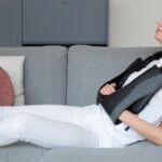 Massage apparaat tegen hoofdpijn