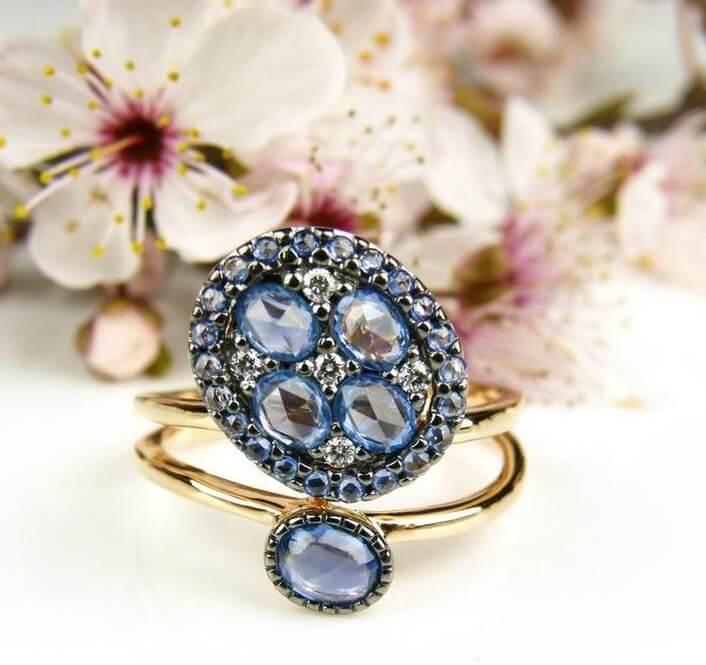 toruwring blauwe steen roos vorm
