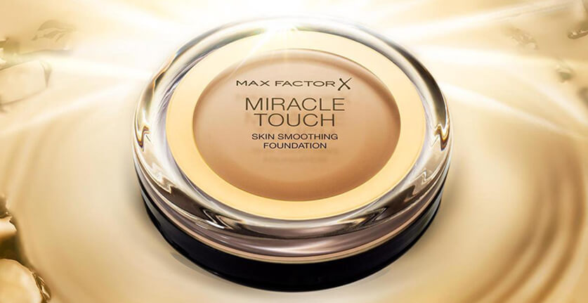 Max Factor Miracle Touch Skin Smoothing Foundation review
