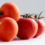 tomaat op je gezicht