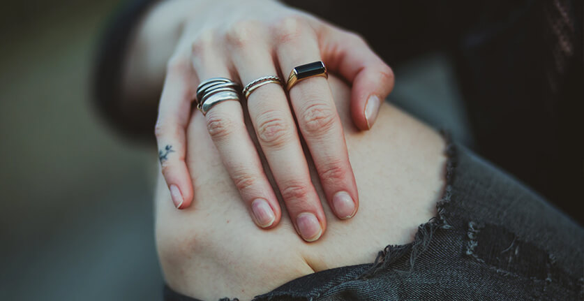 Beschadigde nagels na nagellak