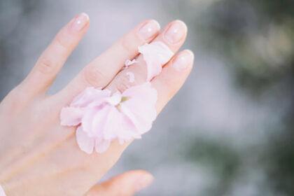 nagellak remover met of zonder aceton